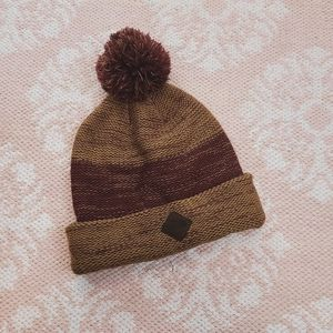 North Face Brown Maroon Knit Pom Pom Beanie